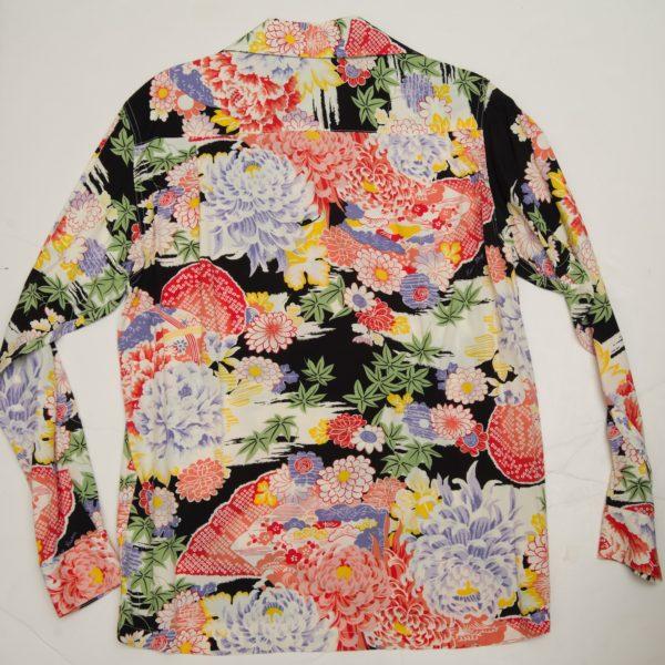日本 ブラック 長袖